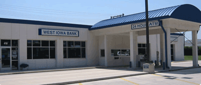 Algona West Iowa Bank location exterior